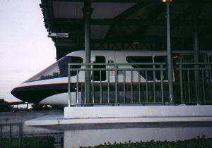 03_monorail.jpg